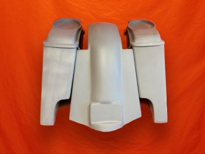 Harley-Davidson-4-inch-Extended-Stretched-Saddlebags-with-6-5-inch-Speaker-Lids-and-Replacement-Fender-09–13