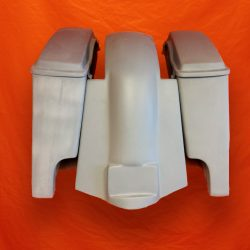 Harley-Davidson-4-inch-Extended-Stretched-Saddlebags-with-Lids-and-Replacement-Fender-09–13