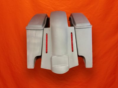 Harley-Davidson-4-inch-Extended-Stretched-Saddlebags-with-Lids-and-Replacement-LED-Fender-09–13