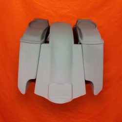 Harley-Davidson-5-Extended-Saddlebags-CutOuts-with-Replacement-Fender-and-6x9-Speaker-Lids-89-08