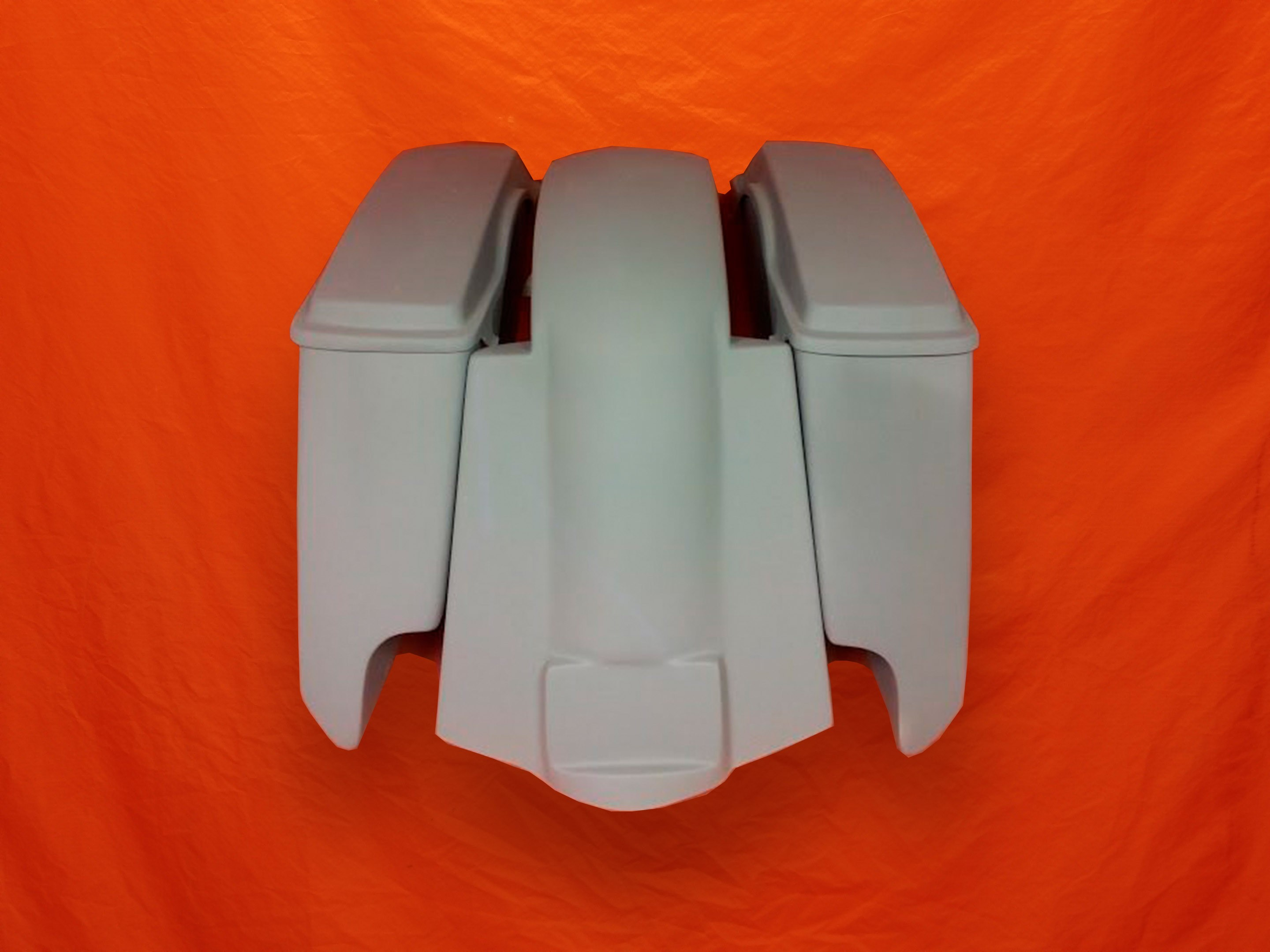 Harley-Davidson-5-Extended-Saddlebags-CutOuts-with-Replacement-Fender-and-Lids-89-08