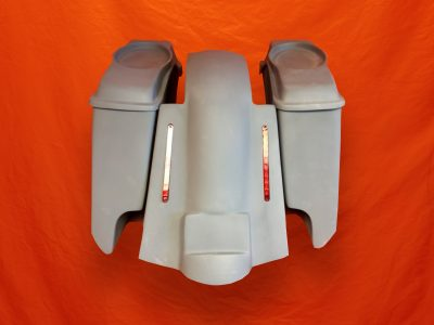 Harley-Davidson-5-Extended-Saddlebags-CutOuts-with-Replacement-LED-Fender-and-6x9-Speaker-Lids-89-08