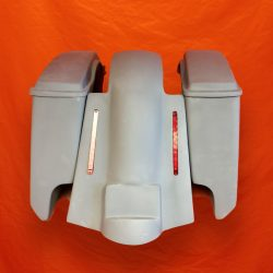 Harley-Davidson-5-Extended-Saddlebags-CutOuts-with-Replacement-LED-Fender-and-Lids-89-08