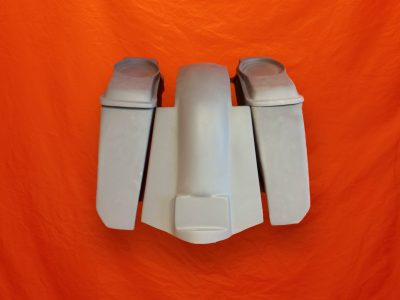 Harley-Davidson-5-Extended-Saddlebags-No-CutOuts-with-Replacement Fender-and-6x9-Speaker-Lids-89–08