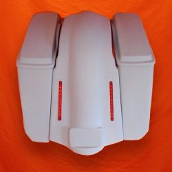 Harley-Davidson-5-Extended-Stretched-Saddlebags-NO-CutOuts-Lids-and-LED-Fender