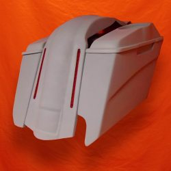 Harley-Davidson-5-Extended-Stretched-Saddlebags-Right-CutOut-6x9-Speaker-Lids-with-LED-Fender