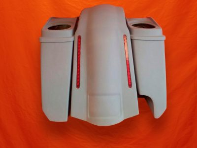 Harley-Davidson-5-Extended-Stretched-Saddlebags-Right-CutOut-with-Dual-6-x-9-Speaker-Lids-and-LED-Fender