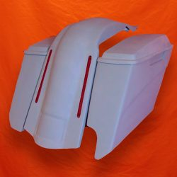 Harley-Davidson-5-Extended-Stretched-Saddlebags-Right-CutOut-with-Lids-and-LED-Fender