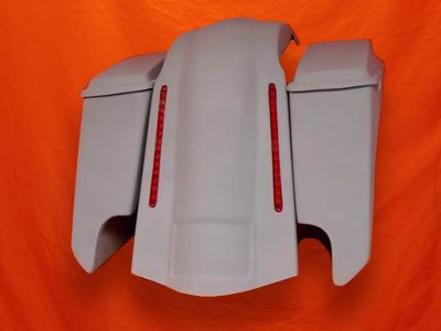 Harley-Davidson-5-Extended-Stretched-Saddlebags-With-CutOuts-Lids-and-LED-Fender