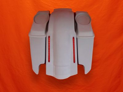 Harley-Davidson-5-Extended-Stretched-Saddlebags-with-CutOuts-Dual-6-5-inch-Speaker-Lids-and-LED-Fender