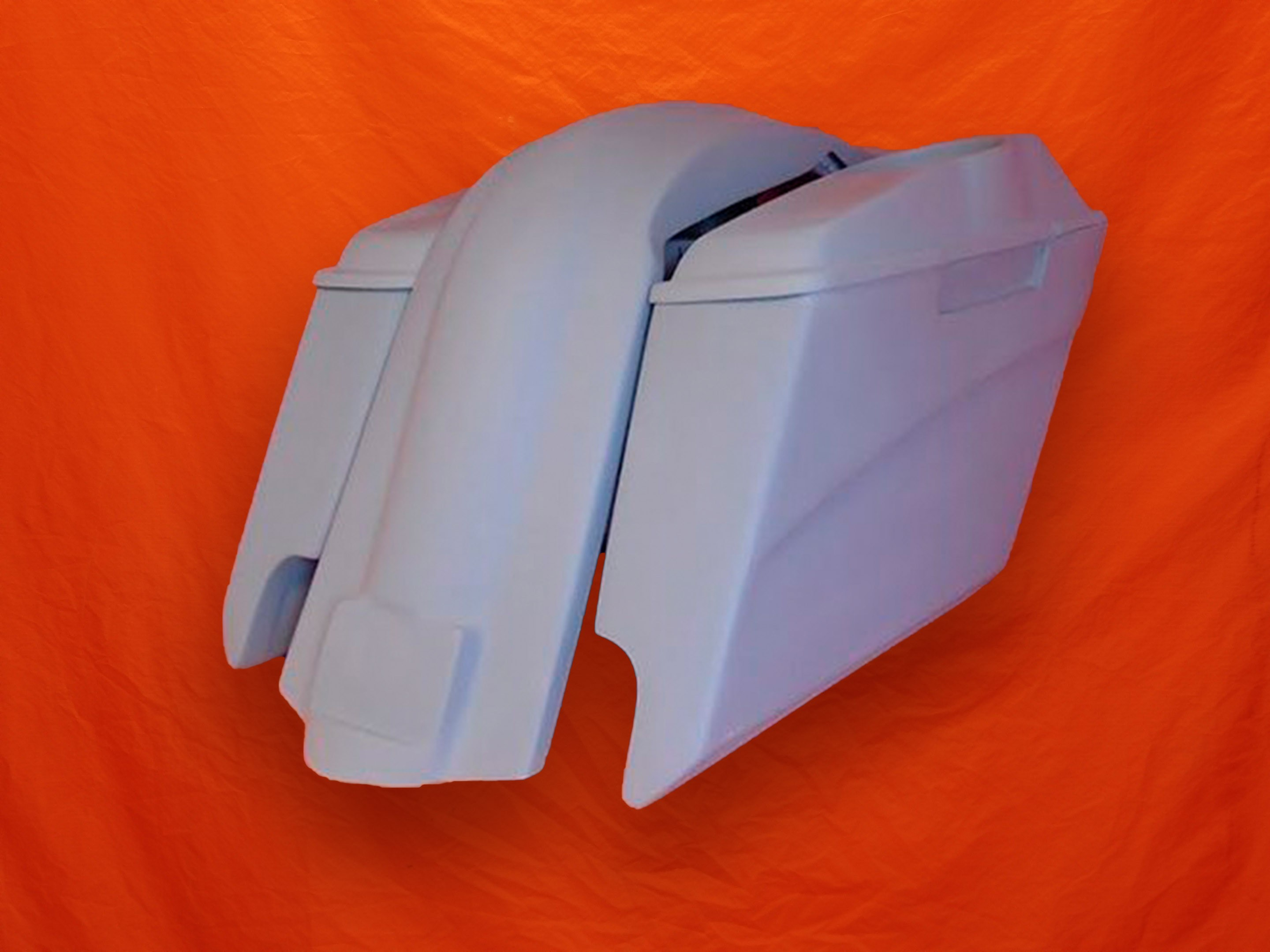 Harley-Davidson-5-Stretched-Extended-Saddlebags-with-CutOuts-6x9-Speaker-Lids-and-Fender