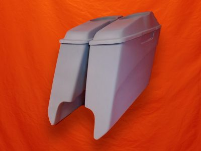 Harley-Davidson-5-inch-Extended-Saddlebags-With-CutOuts-and-6x9-Speaker-Lids-2