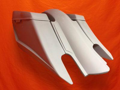https://baggerbags.com/wp-content/uploads/2017/01/Harley-Davidson-6-Trendsetter-Extended-Saddlebag-Fender-Kit-Dual-CutOuts-Dual-6-5-inch-Speaker-Lids-2014-2.jpg