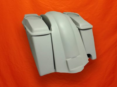Harley-Davidson 6-inch-Extended Stretched Saddlebags-Right-CutOut-6-5-inch-Speaker-Lids-and-Fender-2