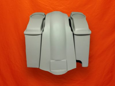 Harley-Davidson 6-inch-Extended Stretched Saddlebags-Right-CutOut-6-5-inch-Speaker-Lids-and-Fender