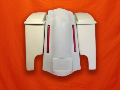 Harley-Davidson-6-inch-Extended-Stretched-Saddlebags-with-Lids-and-LED Light-Fender