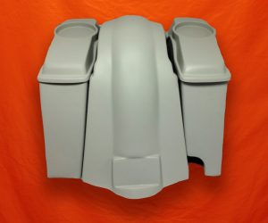 Harley-Davidson-Extended-Saddlebags-6-5-inches-Speaker-Lids-and-Fender-with-Right -Cutout