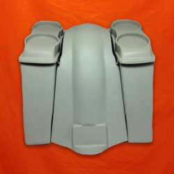 Harley-Davidson-Extended-Saddlebags-Dua-Speaker-Lids-and-Fender-with-No-Cutouts