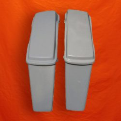 Harley-Davidson-Extended-Stretched-Saddlebags-Standard-Lids-No-Cutouts