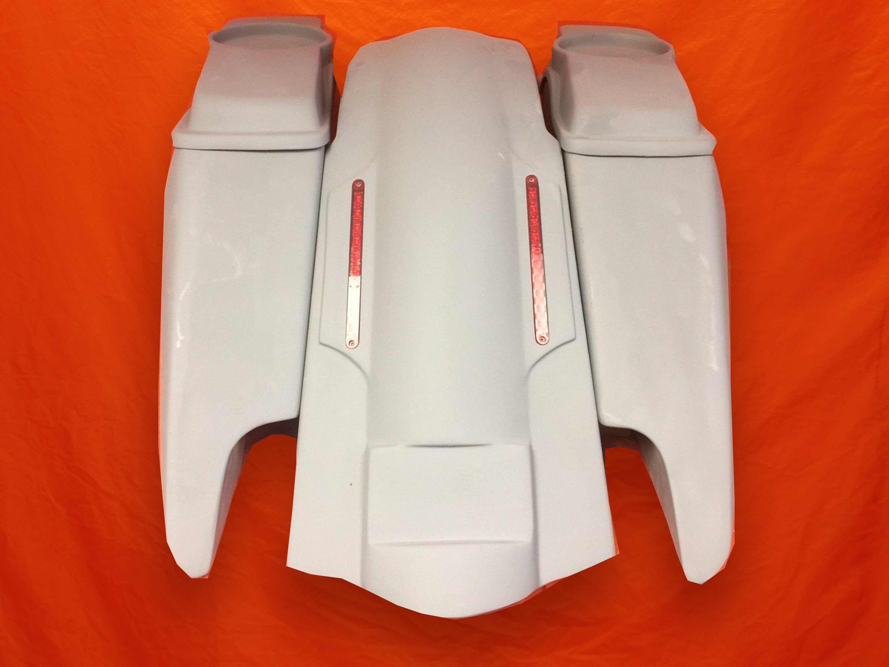 Harley-Davidson-Fifty-Five-Extended-Stretched-Saddlebag-Dual-CutOuts-6-5-inch-Speaker-Lids-LED-Fender-Kit