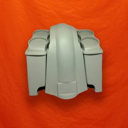Extended-Saddlebags-Dual-Speaker-Lids-and-fender