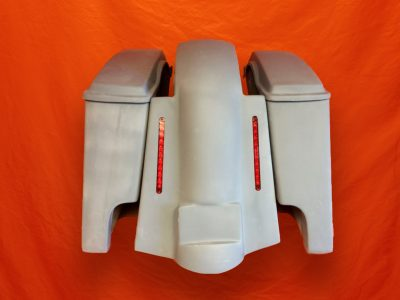 Harley-Davidson-4-inch-Extended-Stretched-Saddlebags-with-Lids-and-Replacement-LED-Fender-89–08
