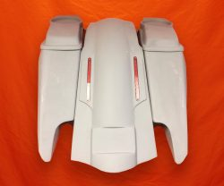 Harley-Davidson-Fifty-Five-Extended-Stretched-Saddlebag-Fender-Kit-Dual-CutOuts-6x9-SpeakerLids-3