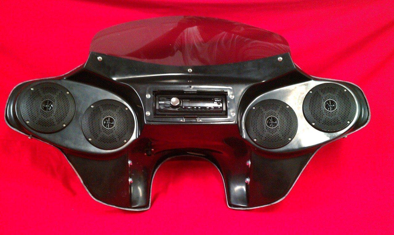 Honda Shadow Sabre 1100 Bagger Fairing 65 Stereo Radio