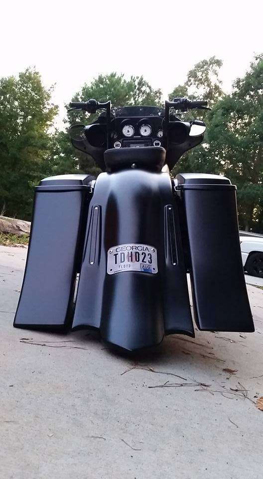 "Harley Davidson Softail Slim >> 6"" Down and Out Bag Kit for Harley Softail and Touring Bikes – Baggers Bags – Extended Stretched ..."